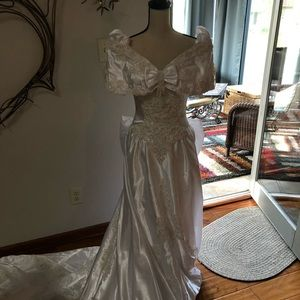 Sweetheart Gowns